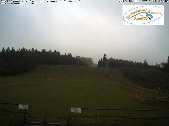 Webcam Skigebiet Sahnehang - Skiliftkarussell Winterberg
